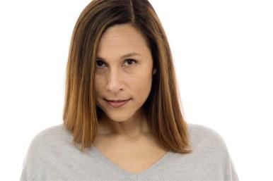 Shannon Dowling Headshot2